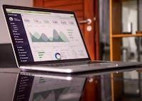 Pertanyaan yang Tepat untuk Meminta Analis Data