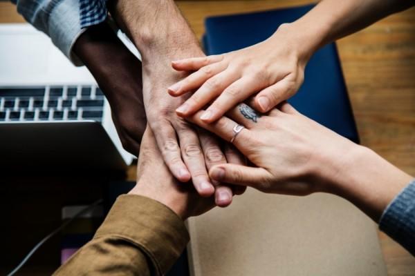 4 Cara Membangun Kepercayaan Tim