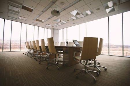 Jangan Terlambat untuk Menghadiri Rapat