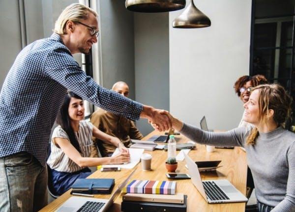 STUDILMU Career Advice - 8 Soft Skills Penting di Dunia Kerja