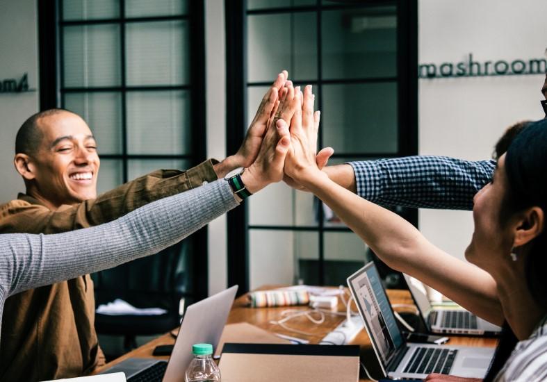STUDILMU Career Advice - Pemimpin yang Baik Membangun Kepercayaan Terlebih Dahulu