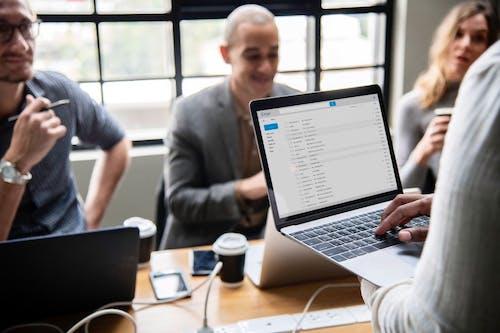 Bantu Perusahaan Anda Mengurangi Email