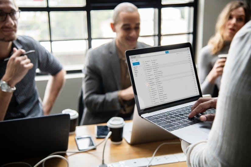 STUDILMU Career Advice - Bantu Perusahaan Anda Mengurangi Email