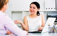 6 Cara Memulai Percakapan Dengan Bos Anda