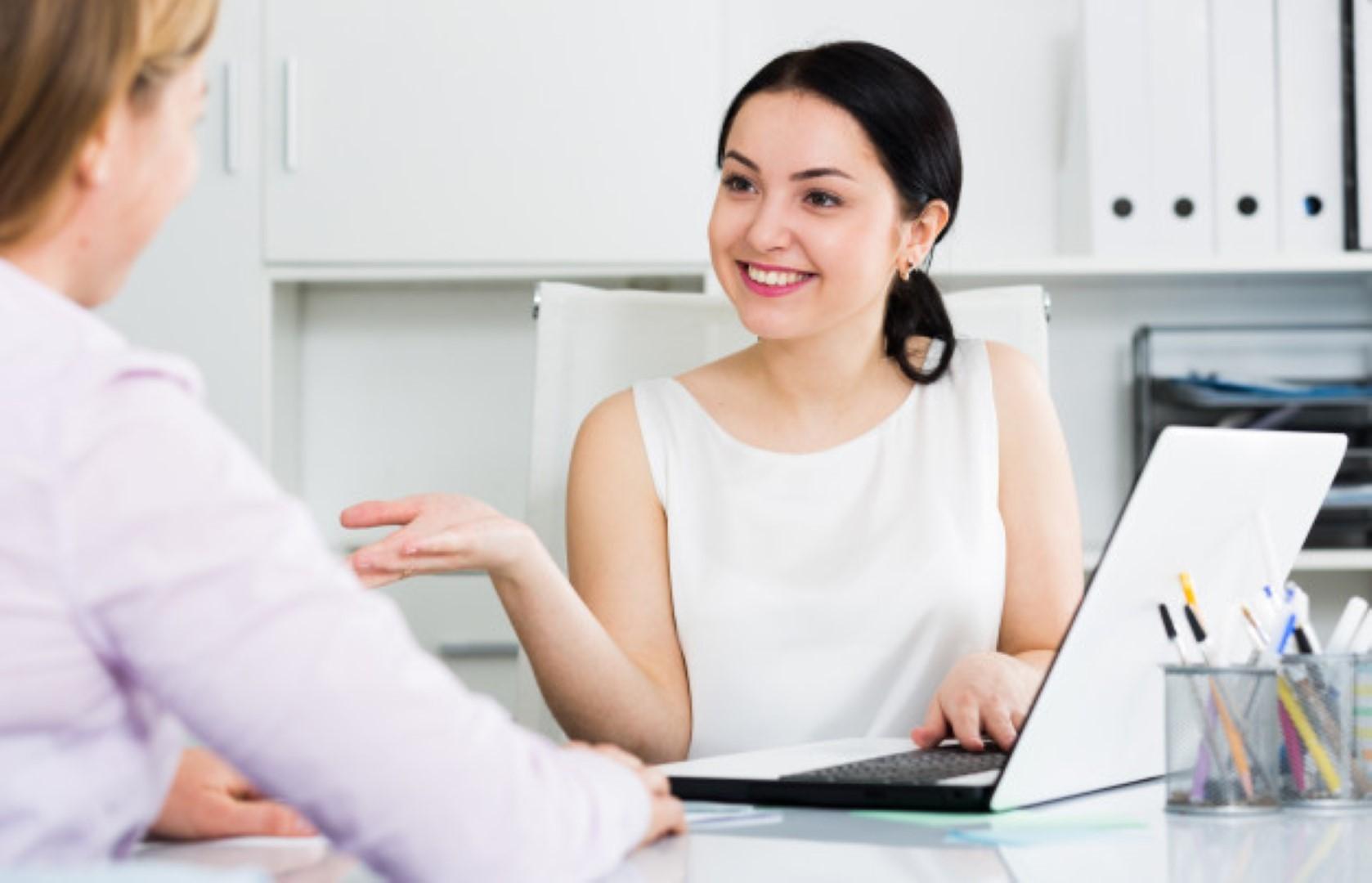 STUDILMU Career Advice - 6 Cara Memulai Percakapan Dengan Bos Anda
