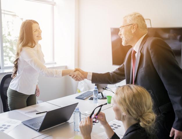 STUDILMU Career Advice - 4 Cara Mengakhiri Hari Kerja Menjadi Menyenangkan
