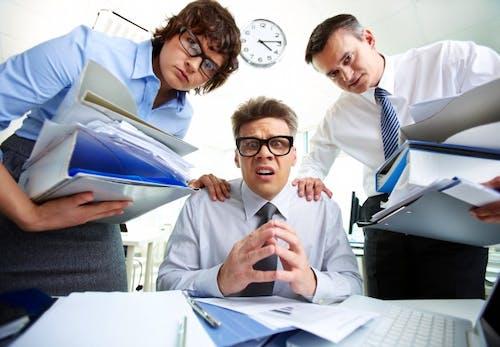 3 Cara Keluar Dari Masalah Karir