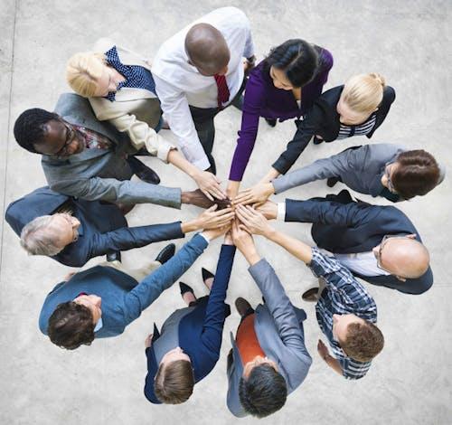 5 Nilai Positif yang Membentuk Kerjasama Tim