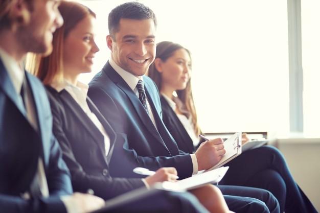 4 Cara Super Mudah Mendapatkan Koneksi Baru di Konferensi