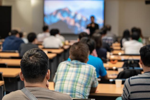 10 Hal Penting Memaksimalkan Diri Dalam Konferensi. Tips Terakhir Terpenting.