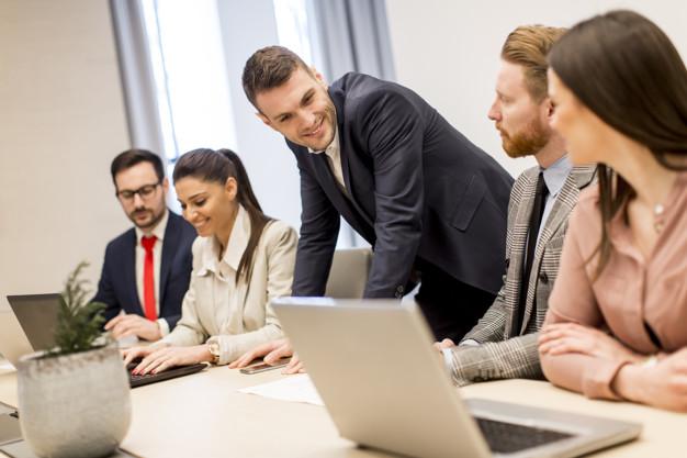 6 Cara Menguasai Keterampilan Komunikasi Versi Warren Buffet