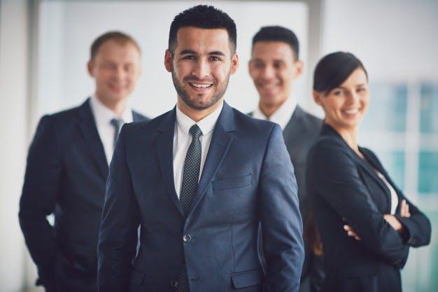 STUDILMU Career Advice - Apa Itu Leadership? Perhatikan 5 Hal Penting Ini.