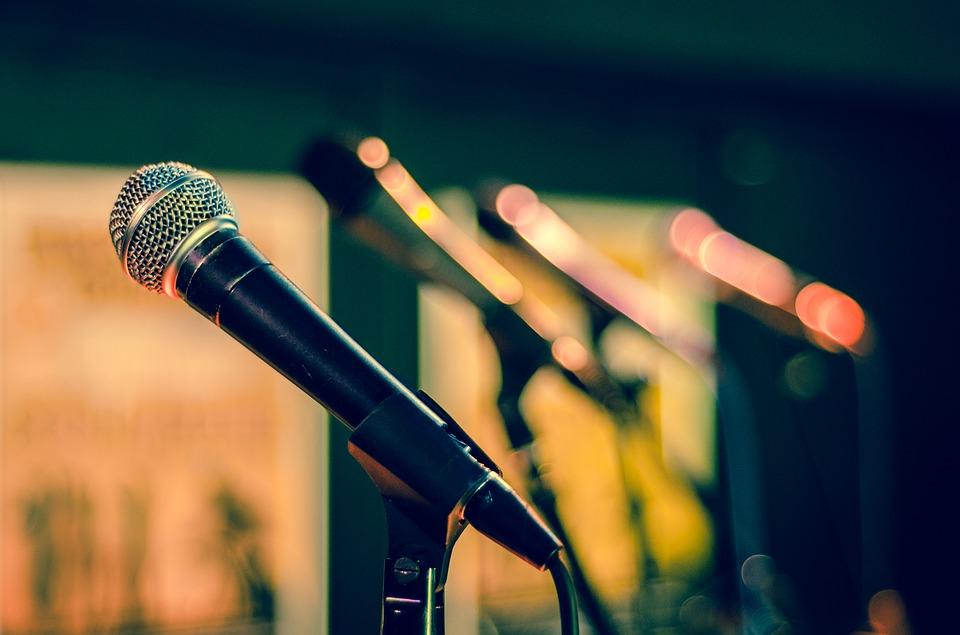 Berlatih Cara Pidato