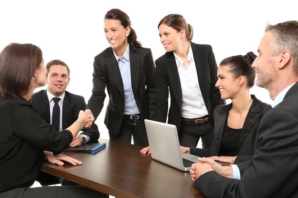 STUDILMU Career Advice - Cara Meningkatkan Efektivitas Komunikasi dengan Rekan Kerja Virtual Anda