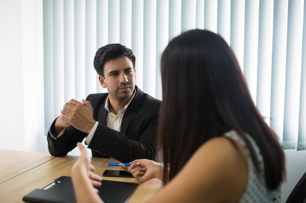 STUDILMU Career Advice - 7 Tanda Atasan Tidak Menyukai Anda dan Cara Mengatasinya
