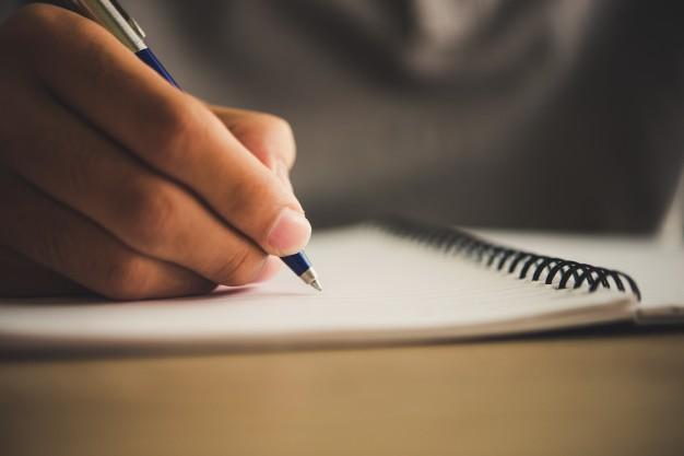STUDILMU Career Advice - 3 Cara Menulis Pengalaman Kerja di CV