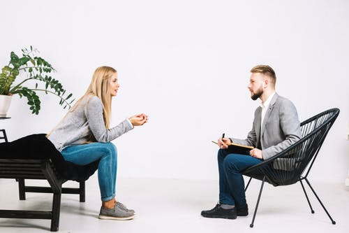 10 Cara Menjadi Pendengar Yang Baik