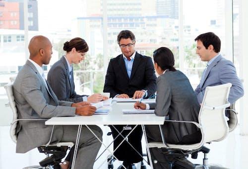 Komunikasi Efektif Dalam Pengembangan Karier