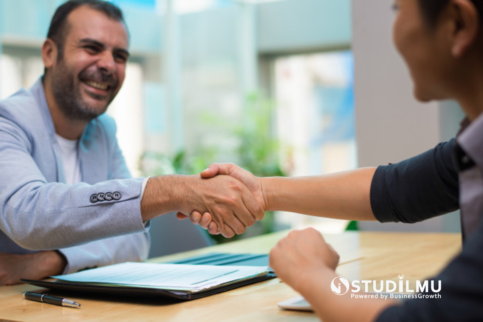 STUDILMU Career Advice - 5 Hal Yang Perlu Diketahui Saat Menghadiri Wawancara Kerja