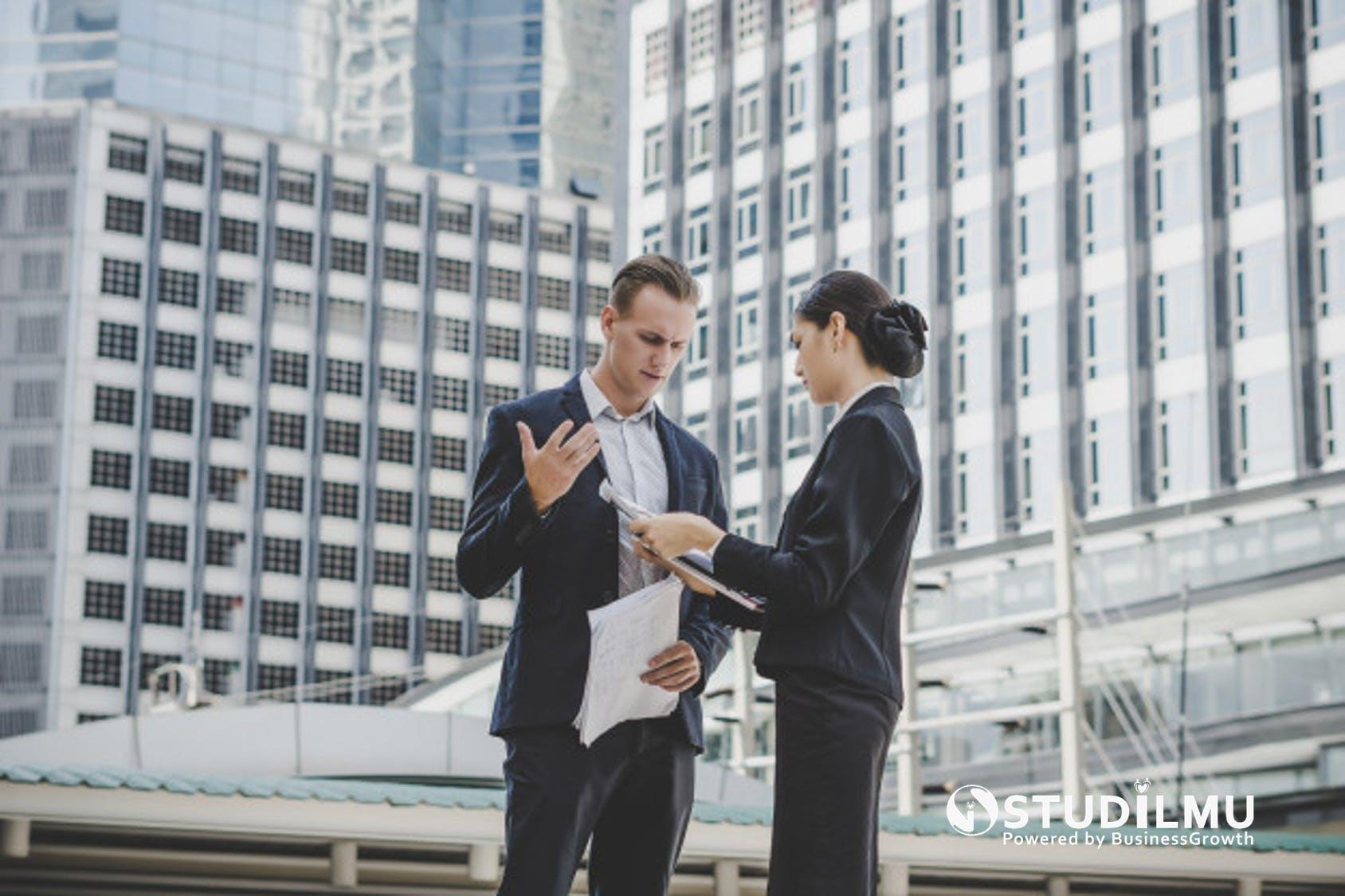STUDILMU Career Advice - Memberikan Umpan Balik Konstruktif