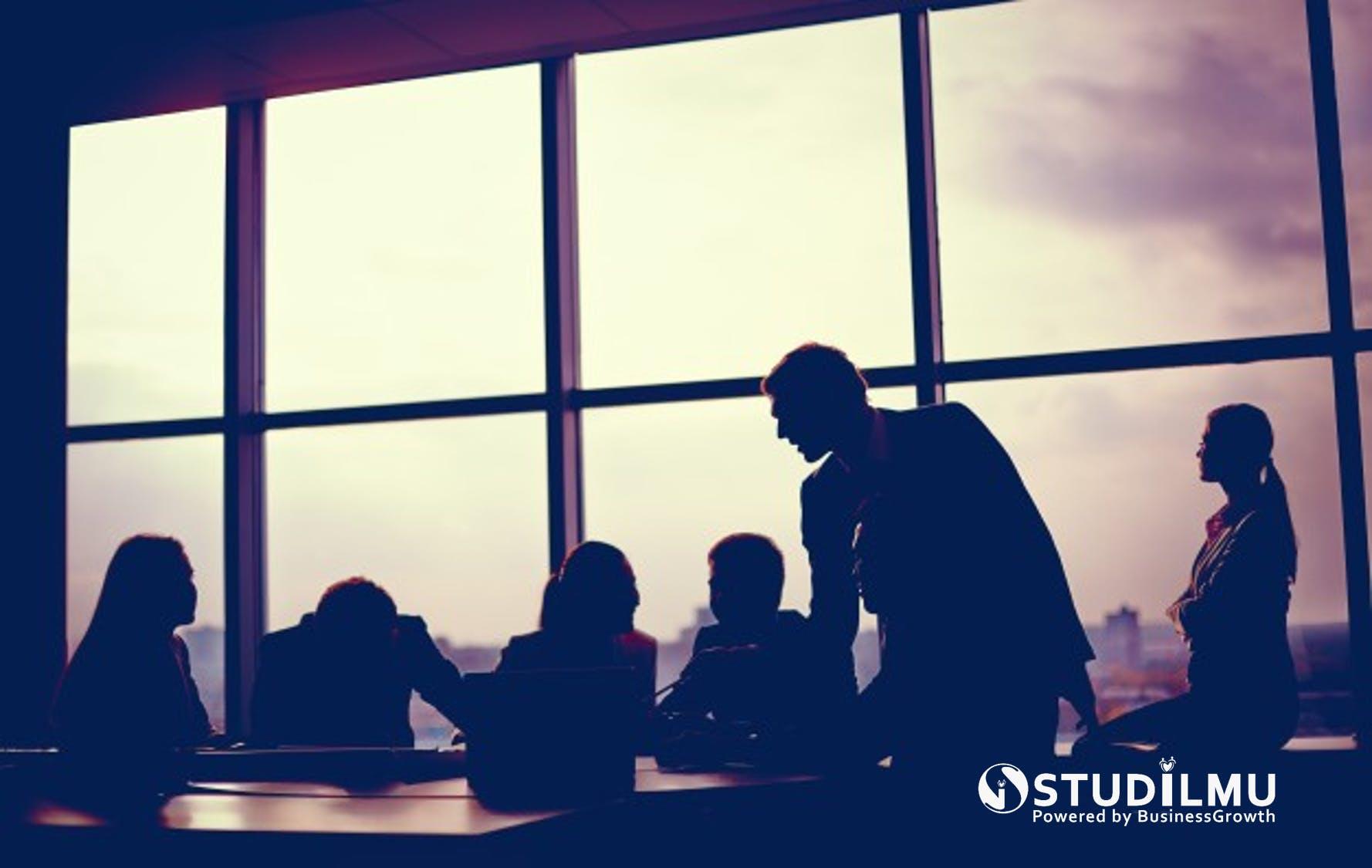 STUDILMU Career Advice - 8 Cara Membuat Rapat Kerja Lebih Menyenangkan
