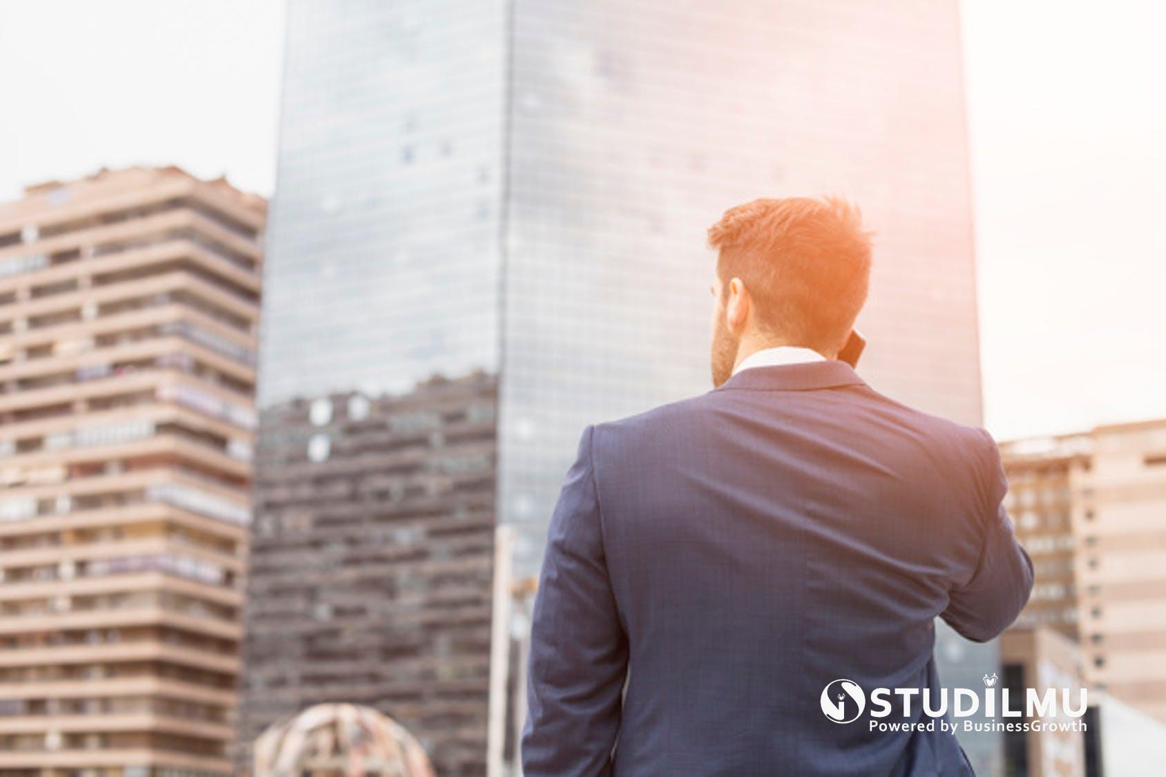 STUDILMU Career Advice - 10 Cara Menjadi Pengusaha Sukses