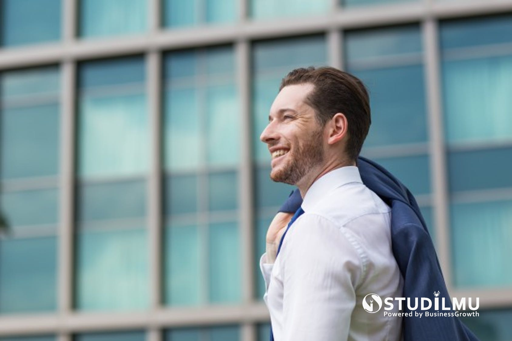 STUDILMU Career Advice - Kriteria Pemimpin yang Memiliki Executive Presence
