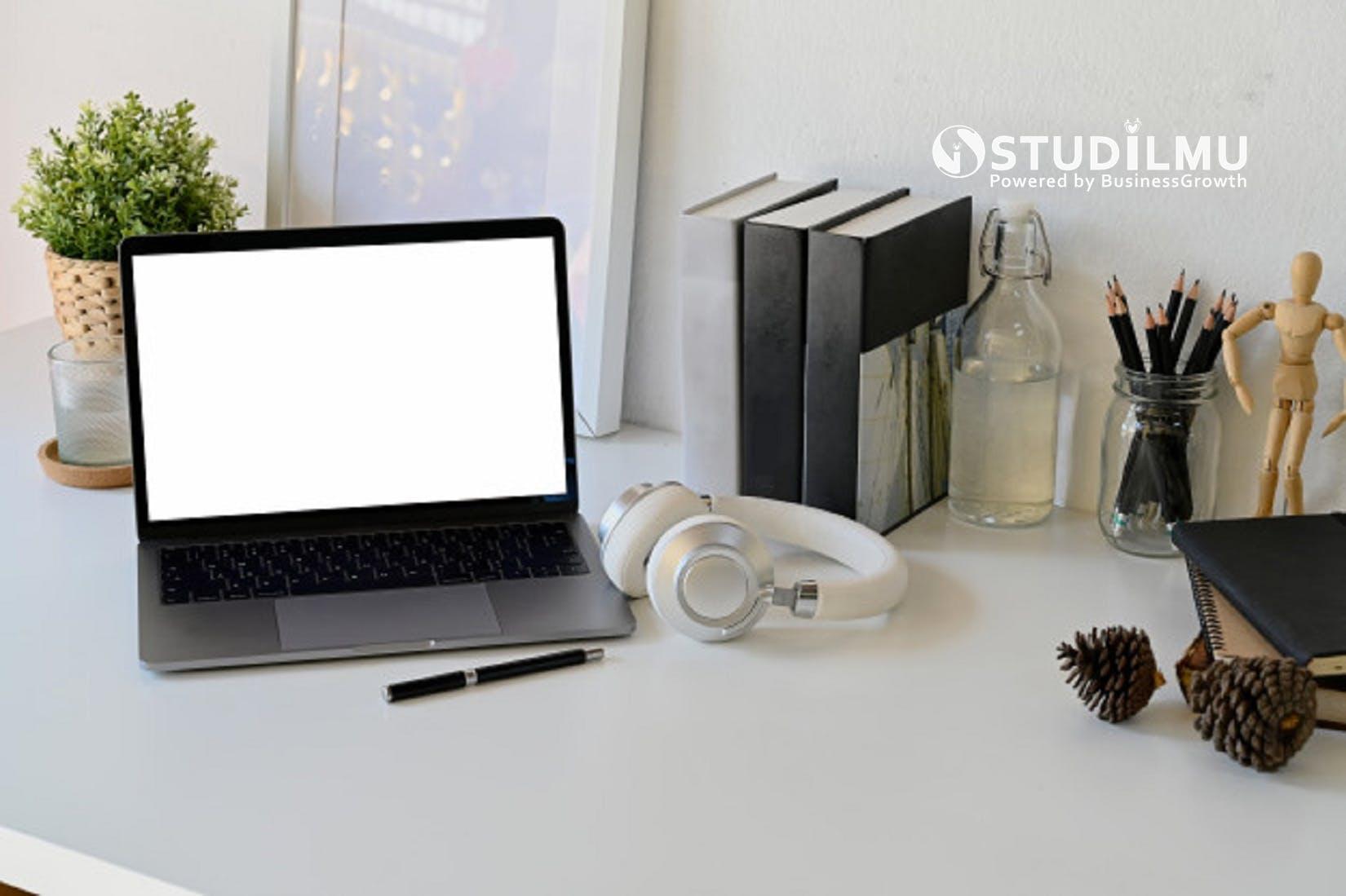 STUDILMU Career Advice - 4 Tips Ampuh untuk Kepribadian Introvert dalam Beradaptasi di Lingkungan Kerja