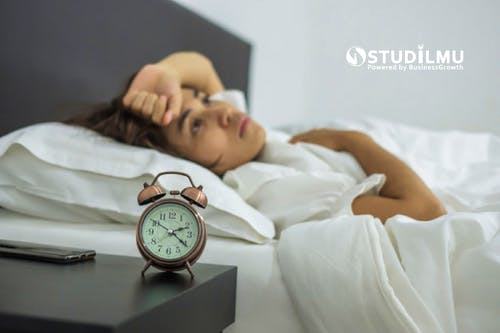 8 Cara Mengatasi Insomnia