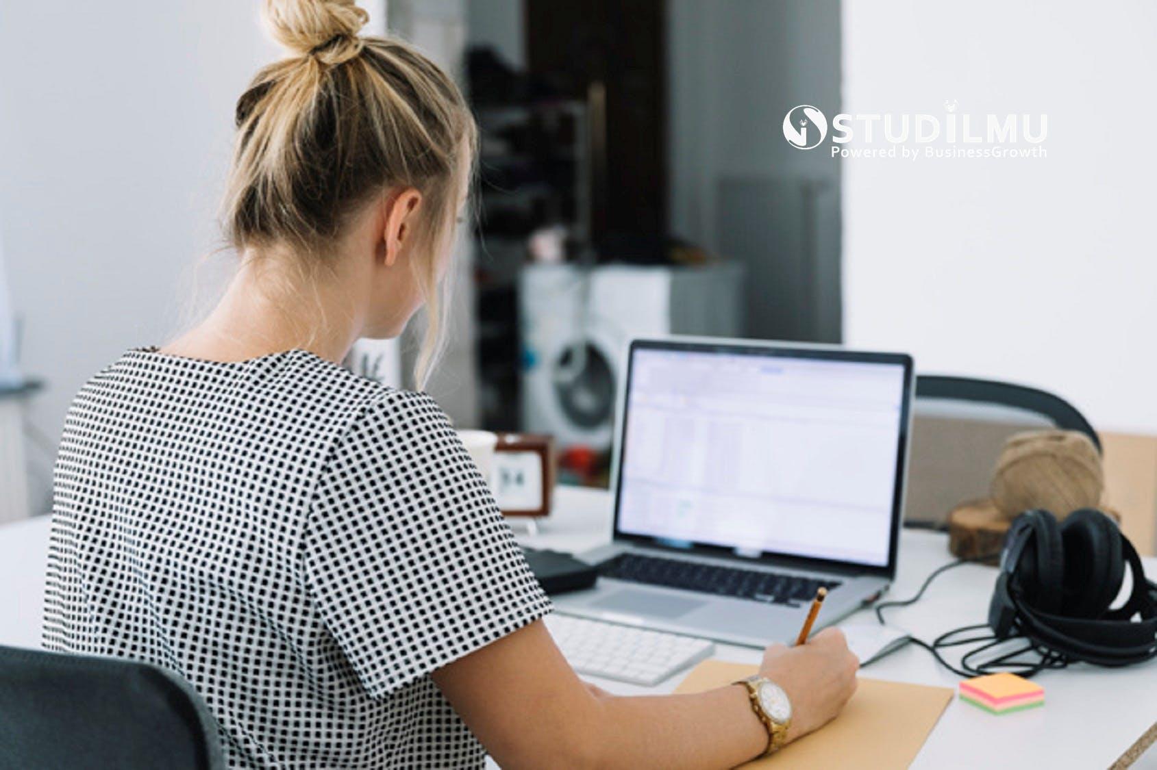 STUDILMU Career Advice - 7 Tips Ampuh Menghadapi Gangguan Umum pada Fokus Kerja