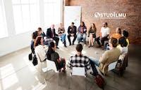 10 Tips Ampuh Meningkatkan Kualitas Rapat Kerja