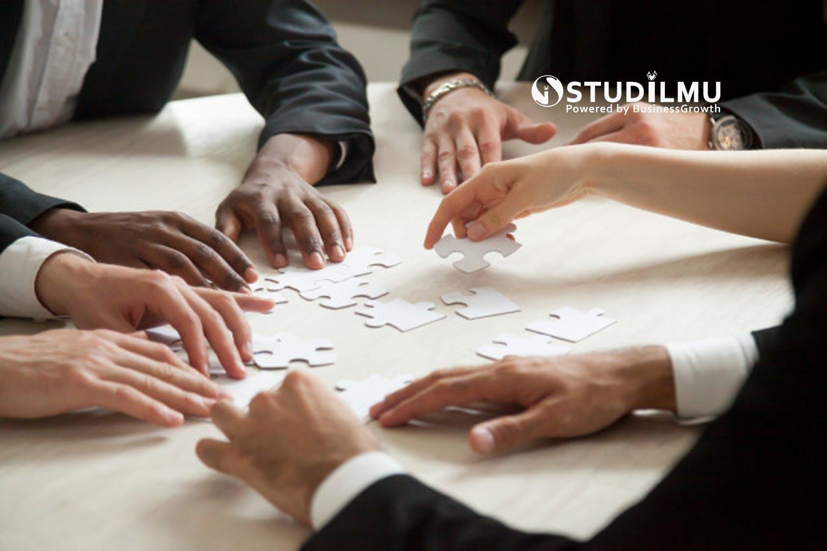 STUDILMU Career Advice - 7 Sifat Negatif Pemimpin yang Menjadi Penghambat Kesuksesan Tim