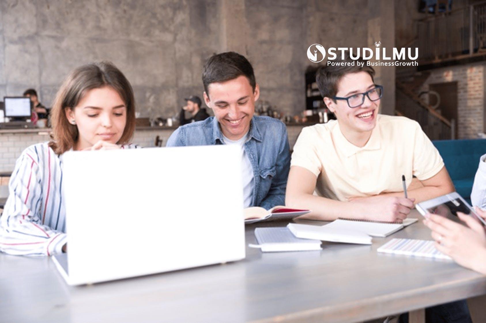 STUDILMU Career Advice - 10 Perilaku Orang Pintar