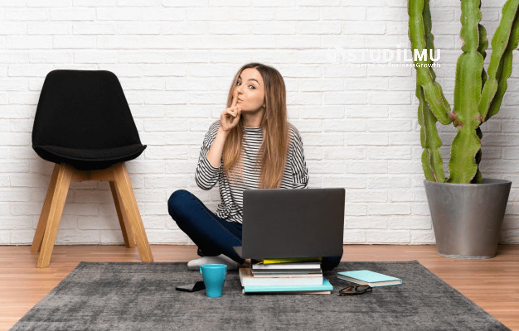STUDILMU Career Advice - 3 Situasi Komunikasi yang Mengharuskan Kita Tutup Mulut