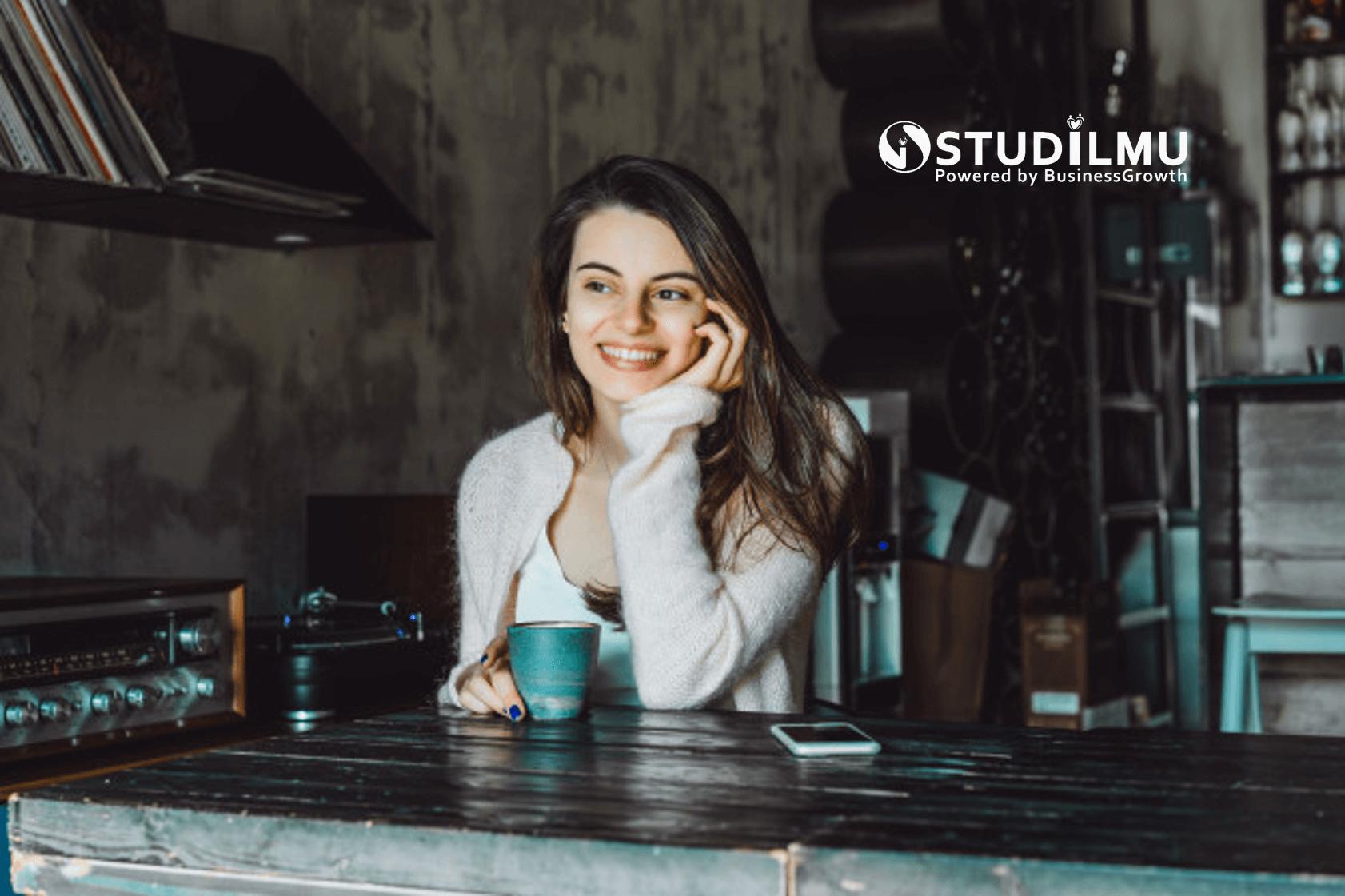 STUDILMU Career Advice - 10 Cara Mencintai Diri Sendiri untuk Karier Cemerlang