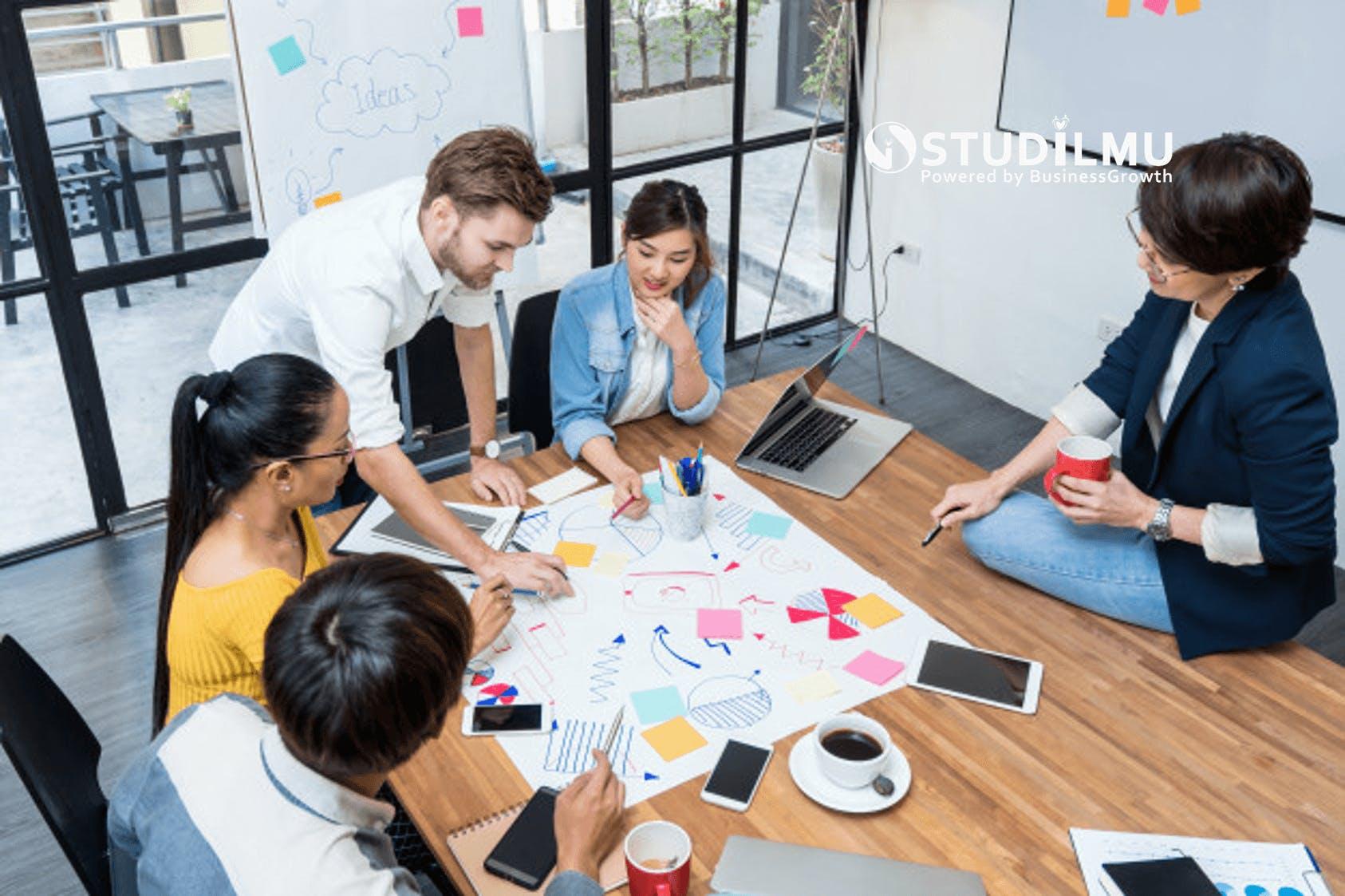 STUDILMU Career Advice - Rapat Kerja dengan Keberagaman Suku Bangsa
