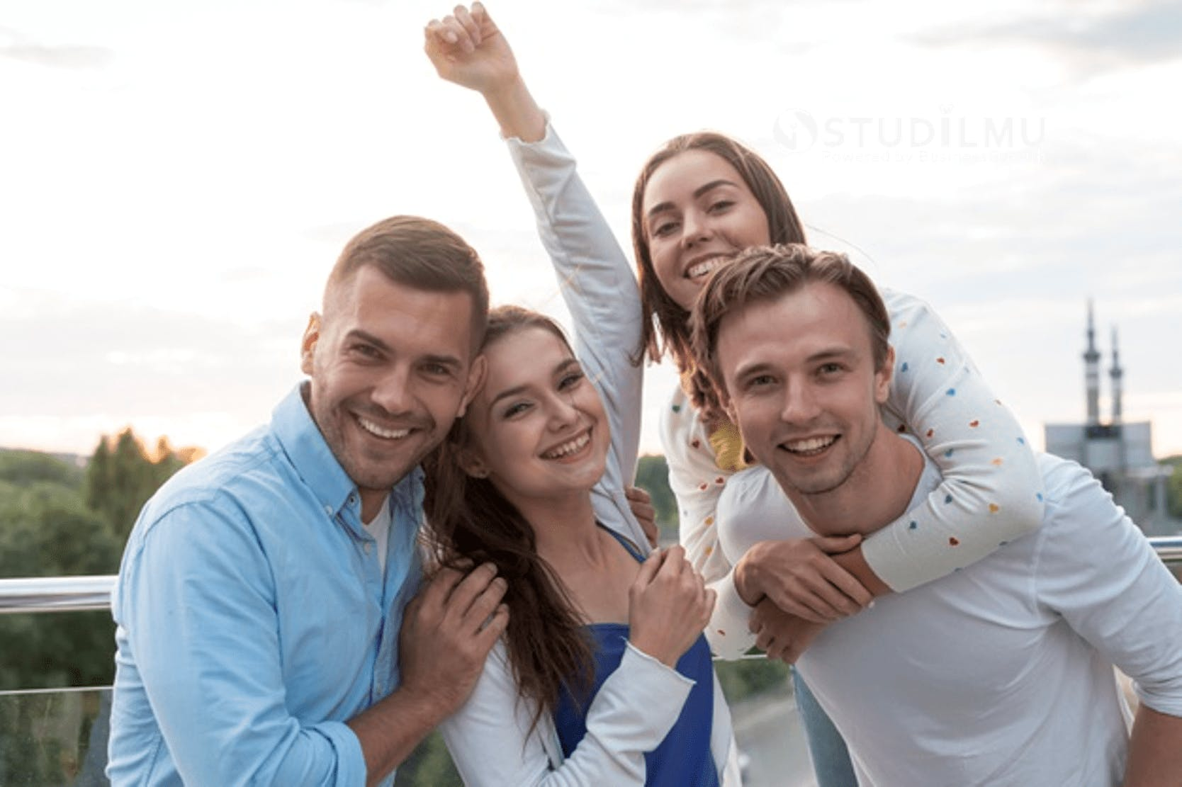 STUDILMU Career Advice - Hindari 10 Kebiasaan Ini Agar Anda Bahagia
