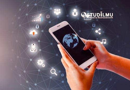 Peran Teknologi Informasi dan Dunia Kerja di Masa Depan