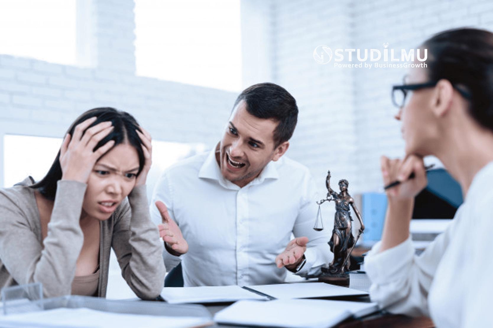 STUDILMU Career Advice - 9 Tanda Berada di Perusahaan dengan Budaya Kerja Buruk
