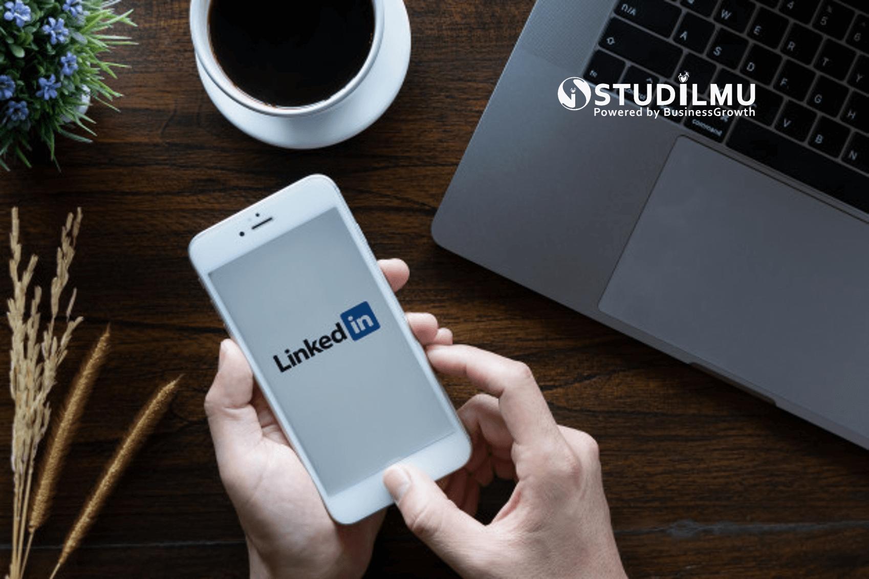 STUDILMU Career Advice - 10 Kiat Memilih Foto Profil LinkedIn yang Tepat