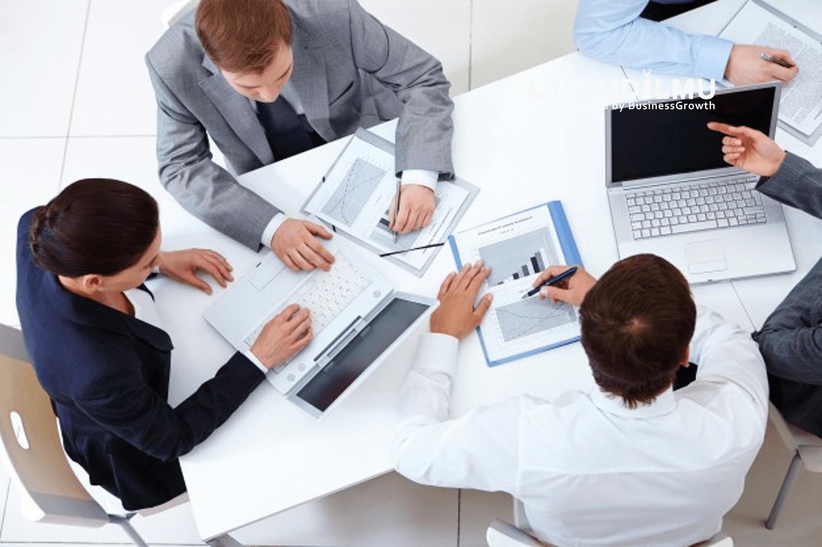 STUDILMU Career Advice - 8 Aturan Dasar yang penting diterapkan di dalam Rapat Kerja