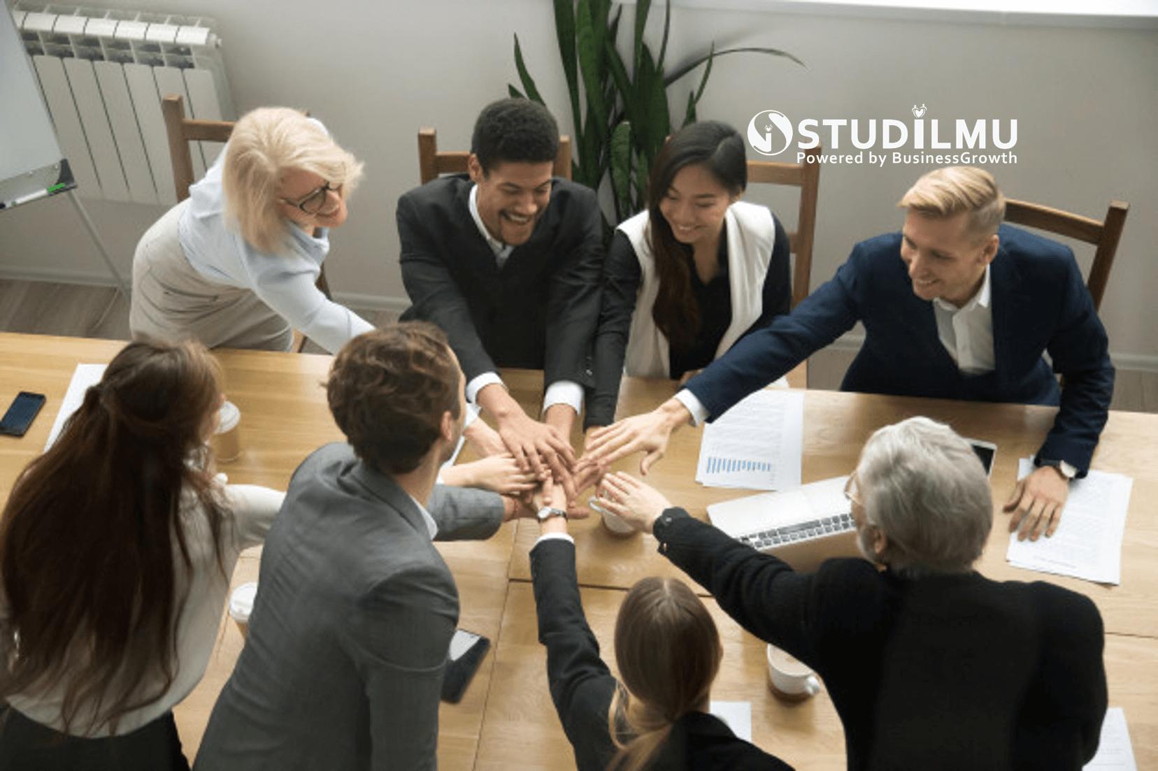 STUDILMU Career Advice - 5 Pertanyaan yang Mendorong Semangat Kerja Karyawan
