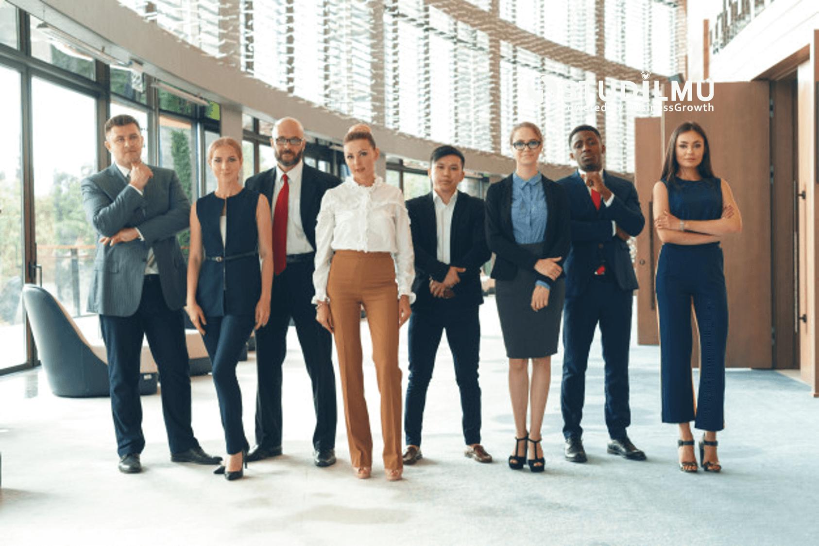STUDILMU Career Advice - Kelebihan dan Kekurangan Menjadi Orang Cerdas di Kantor