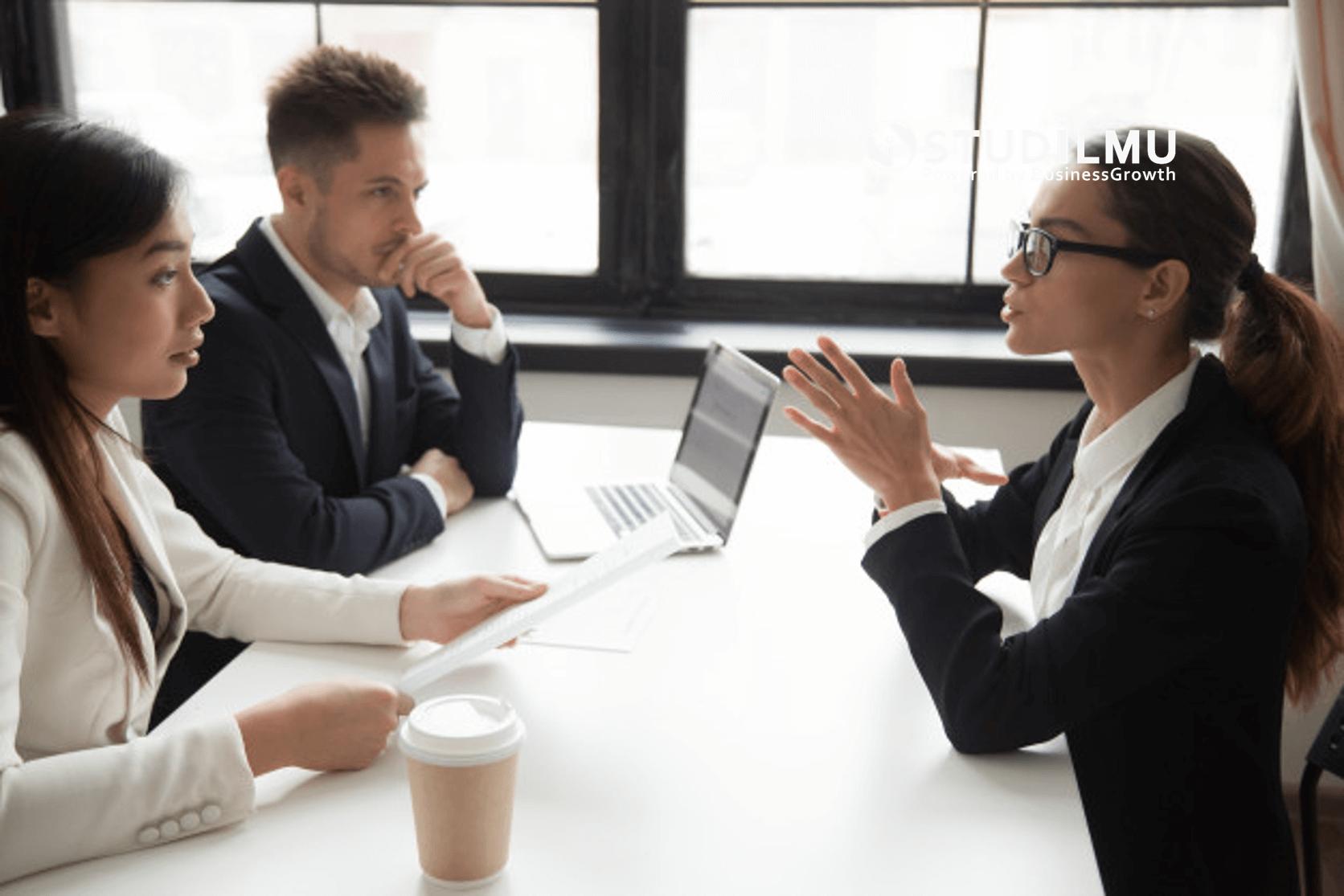 STUDILMU Career Advice - 10 Kebiasaan yang Membantu Staf Human Resource Menjadi Sukses
