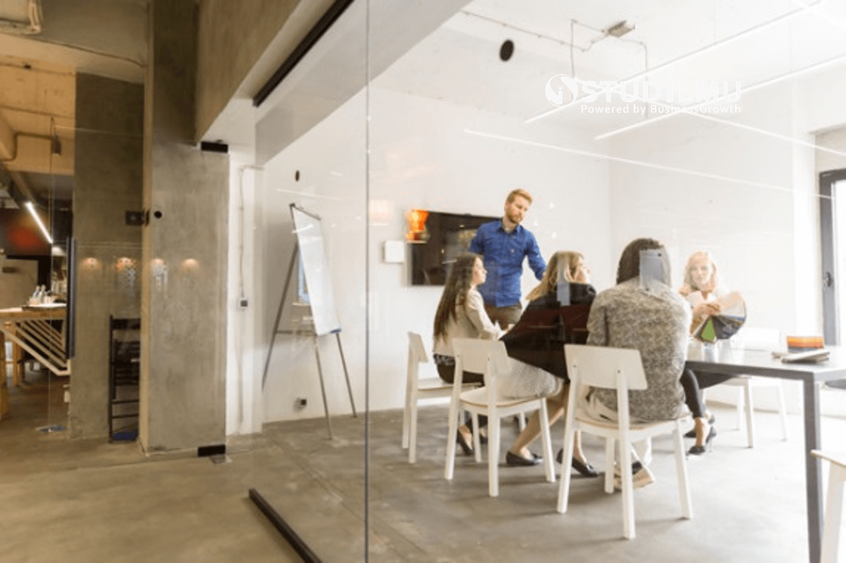 STUDILMU Career Advice - 15 Cara yang Perlu Dikuasai untuk Membangun Kredibilitas di Kantor