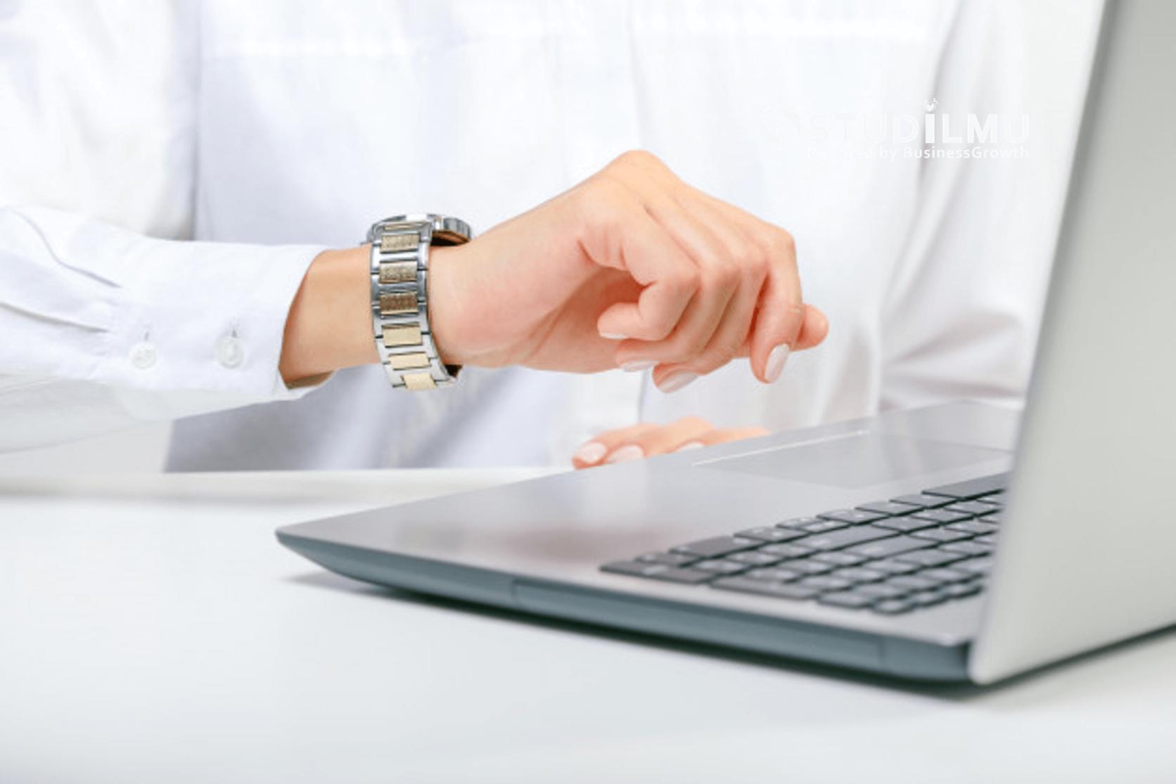 STUDILMU Career Advice - Manajemen Waktu Sebenarnya Hanya Membuang Waktu