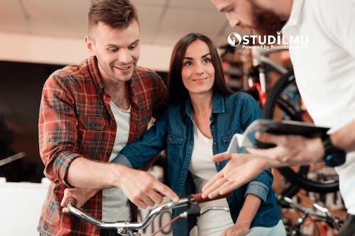 3 Cara Meningkatkan Pengalaman Pelanggan yang Baik dengan Gen Z