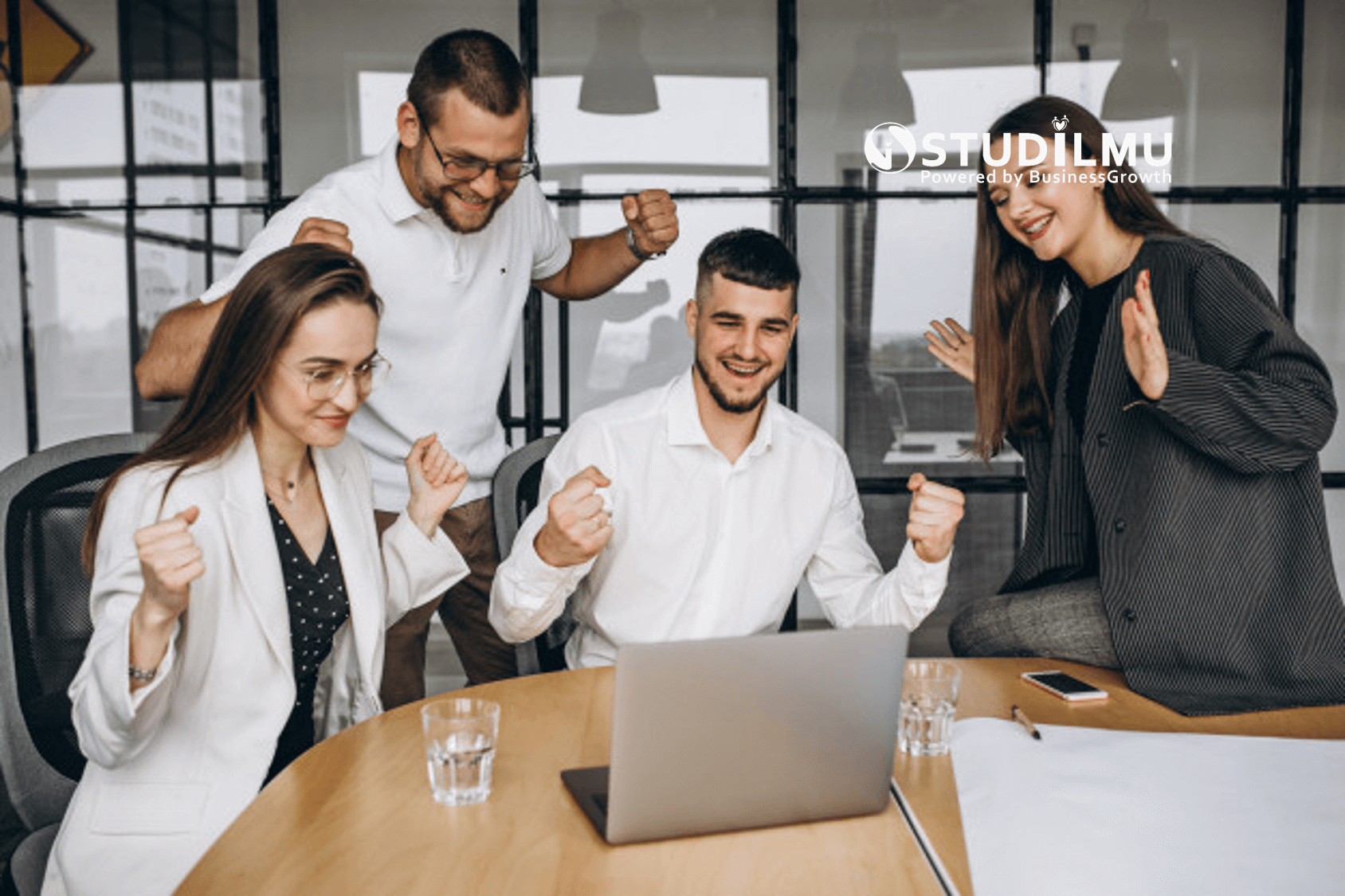 STUDILMU Career Advice - Apa Itu Kerjasama Tim? dan Bagaimana Perusahaan Mendorongnya?