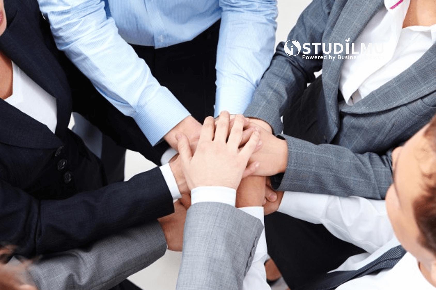 STUDILMU Career Advice - Integritas: Pengertian, Contoh, Kebiasaan dan Cara Membentuknya